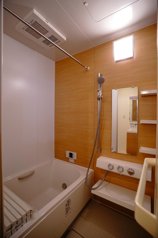 浴室もテーマに沿ったコーディネートです