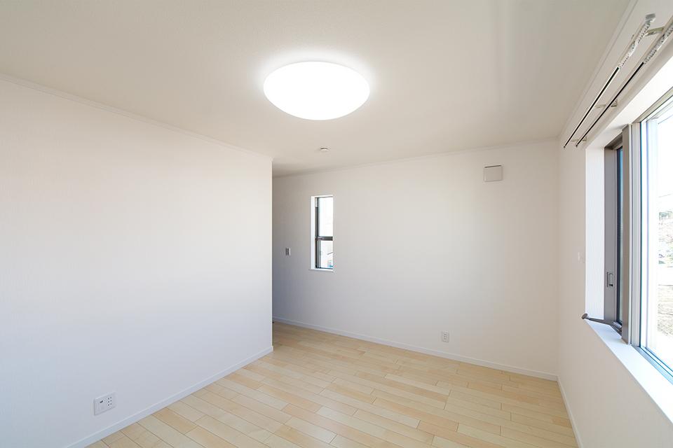 2階洋室。