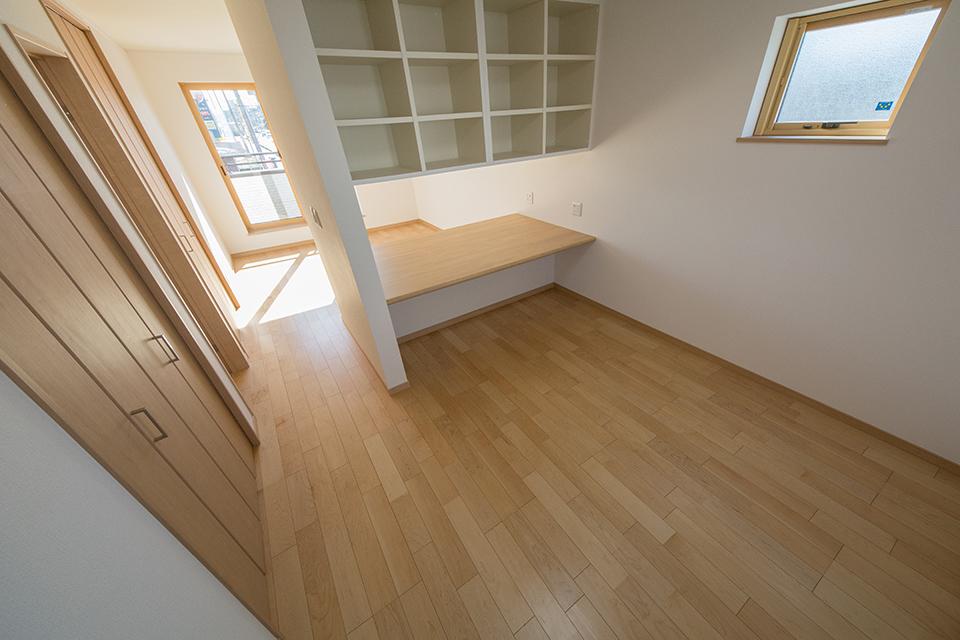 ご家族の変化に合わせてお部屋を増減できるフレキシブルタイプの洋室。