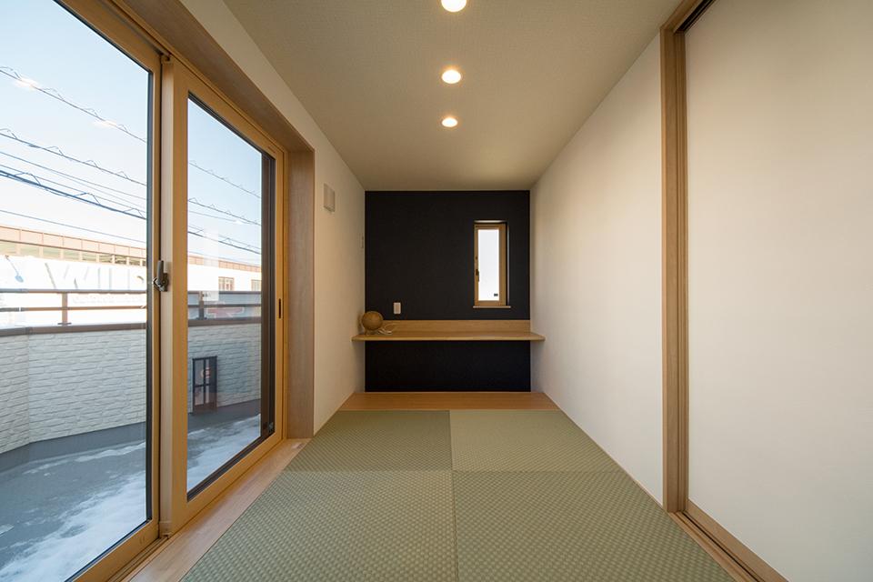畳のさわやかなグリーンが空間を彩ります。