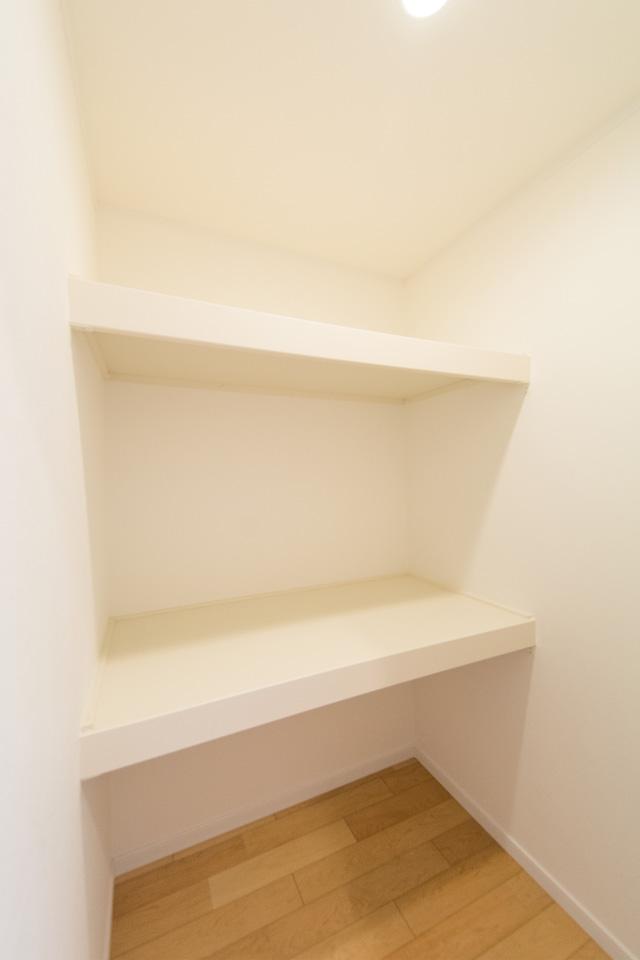 2階廊下のウォークインクローゼット。
