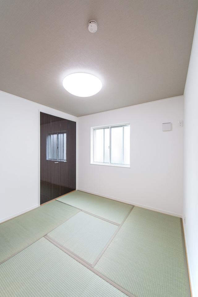 畳敷きの心地良い空間。