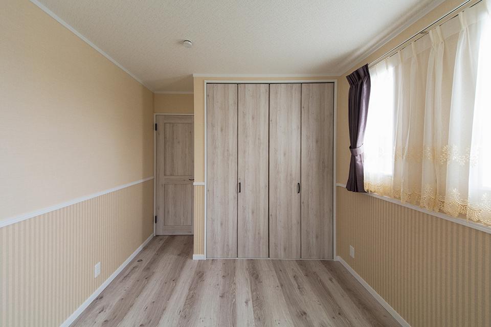 ナチュラルな雰囲気の2階洋室。