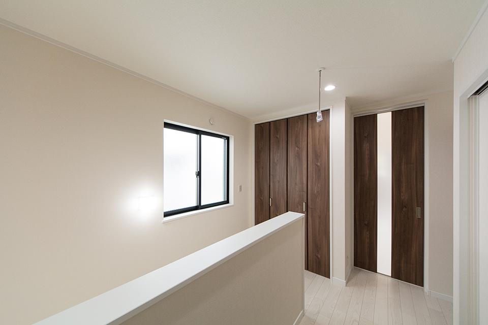 収納もいたるところに設置。機能的な居住スペース。