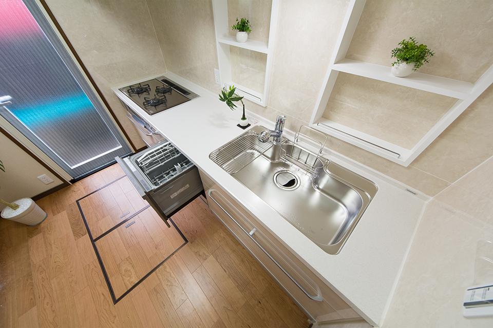 便利な食器洗浄機能付。