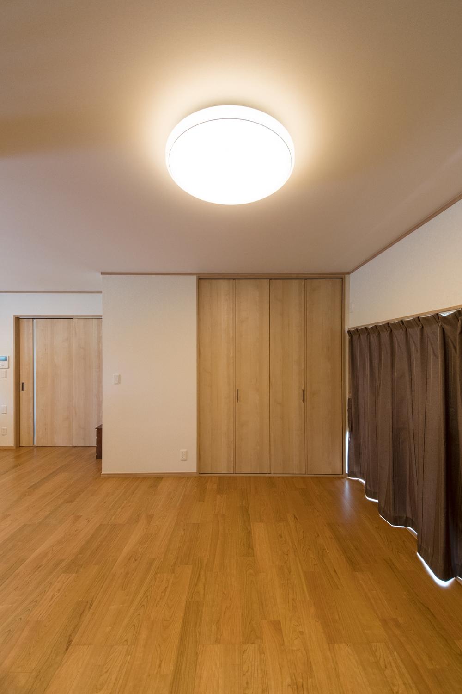 1階LDK/和室を洋室に丸ごと大変身。押入れは、クローゼットにしました。