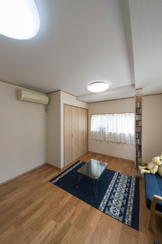 2階洋室/何も無かったスペースにクローゼットを設えました。