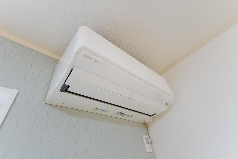 高効率エアコン/居住者の体感温度に合わせて、自動で運転を切り替える高効率エアコン。