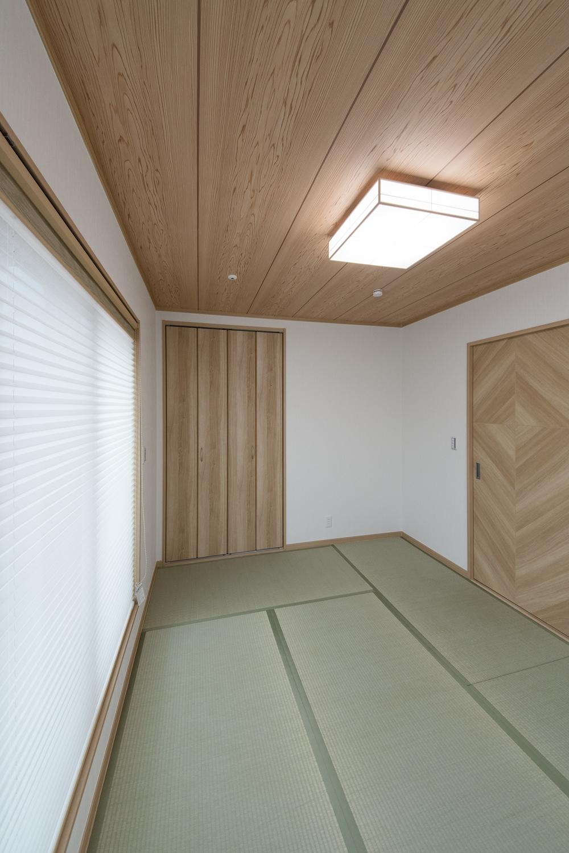 2F畳敷き洋室(子世帯)/畳のさわやかなグリーンが空間を彩ります。