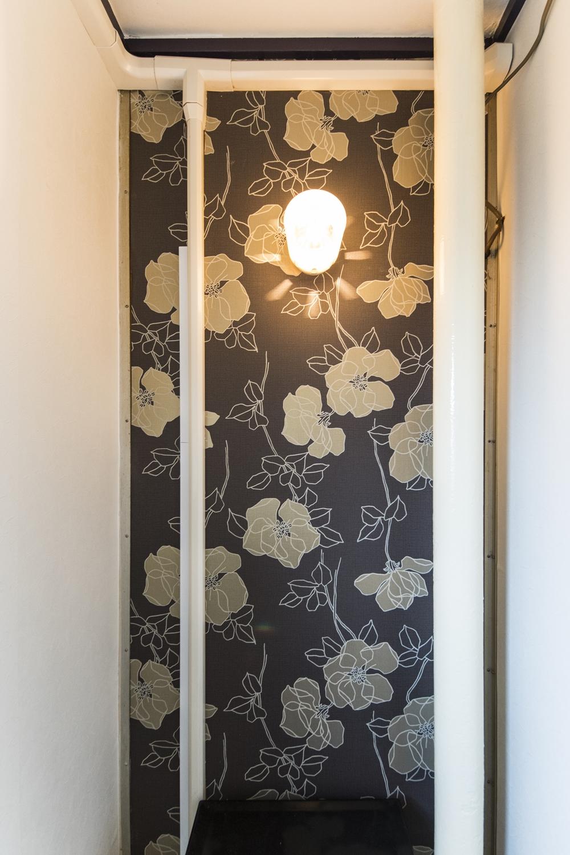 トイレ/竹久夢二デザインの壁紙を取入れた大正ロマン風のネオレトロな空間に。
