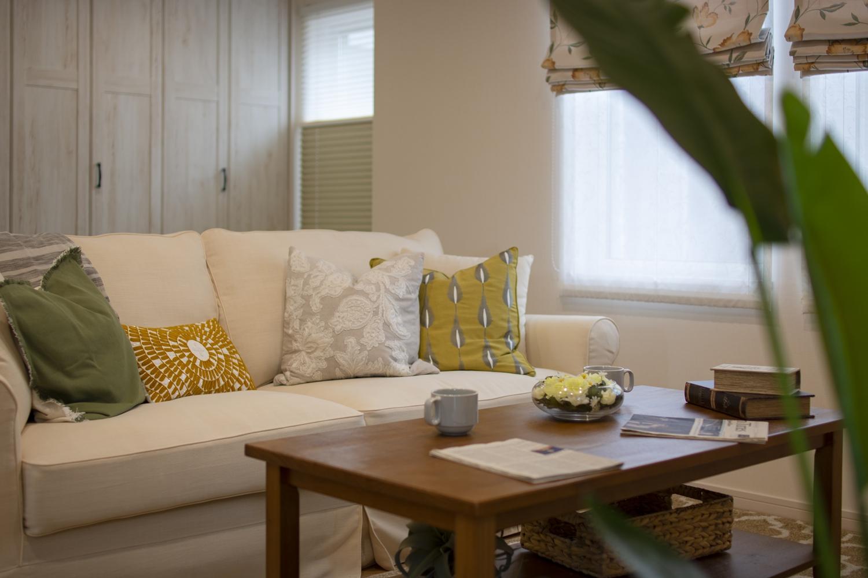 色彩豊かなファブリックや小物とのコーディネートで、自分好みの空間にアレンジ。