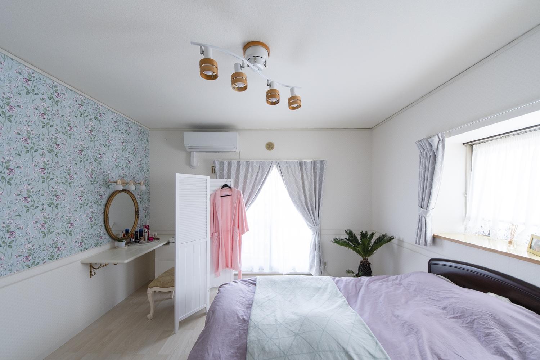和室だったお部屋が、ガーリー&スイートな、可愛らしいお部屋に大変身しました。