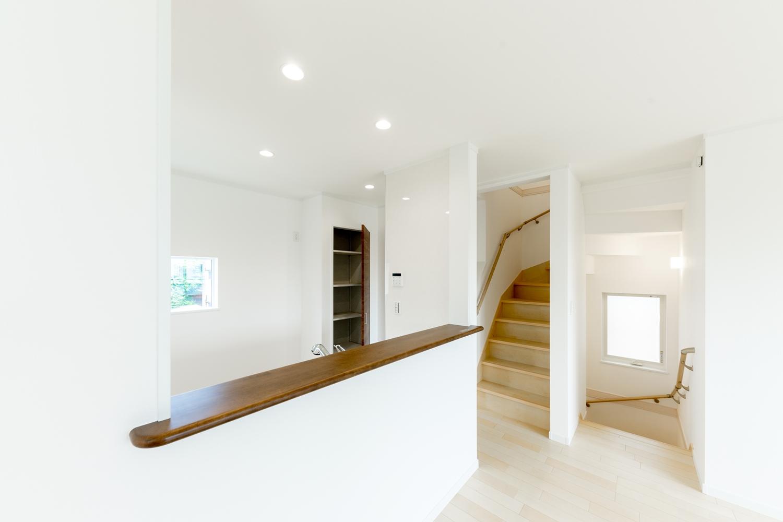 2階LDK/リビングイン階段を取り入れることで、ご家族が自然と顔を合わせる機会が増えます。