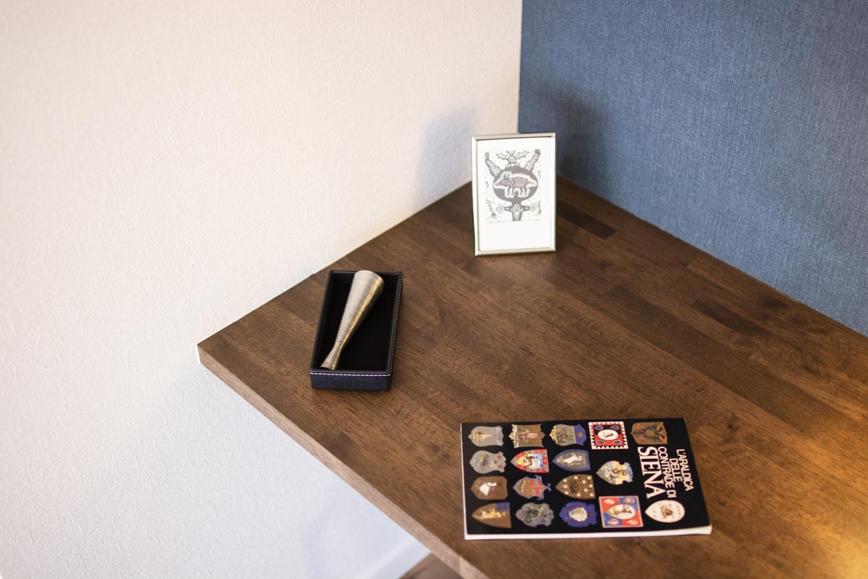 リビングに、用途多彩なカウンターを設置しました。パソコンコーナーやお子様の宿題スペースにもご利用できます。