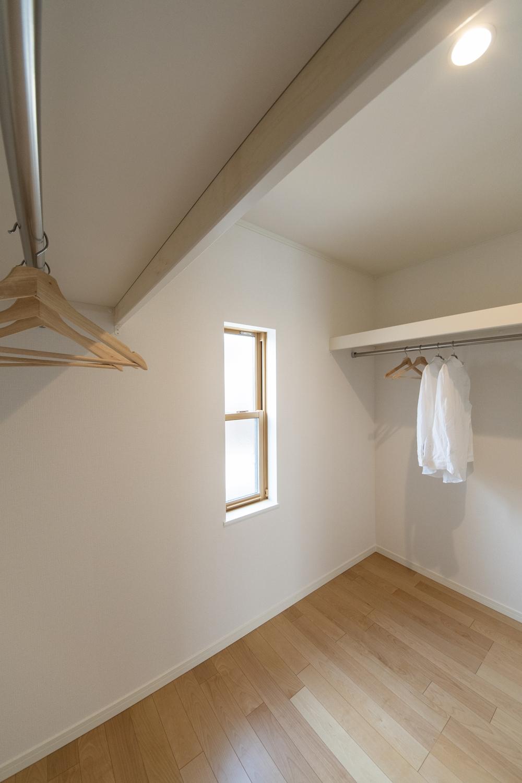 2階洋室/ウォークインクロゼット(3帖)