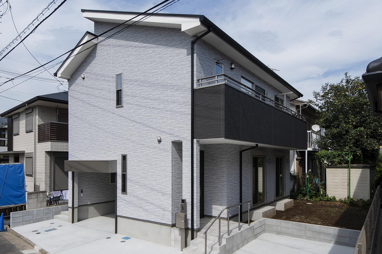 自社開発の耐震+制振システム「GMAS(ジーマス)」を採用した、地震に強い、ビルトインガレージハウス!