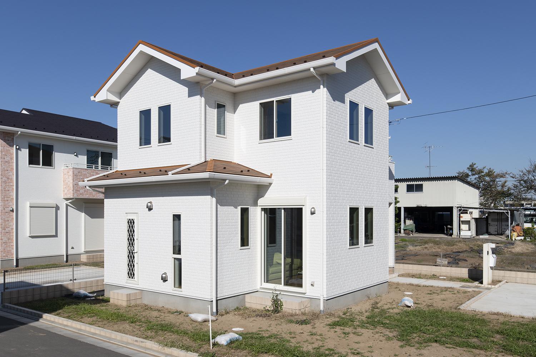 住まいの根幹である、基礎・構造に先進のテクノロジーを取り入れ、高耐久・高耐震を基準にした住協建設の住まいづくり。