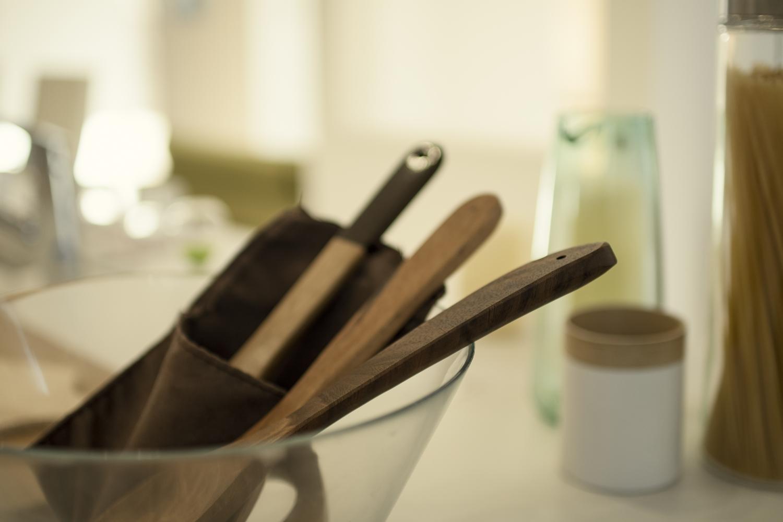 お気に入りのキッチンアイテムを飾っておしゃれなカフェのような空間に♪