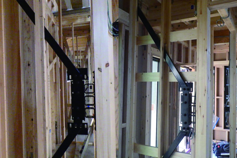 地震から家族も建物も守る、自社開発の耐震+制振システム「GMAS(ジーマス)」を設置した安心の住まい。